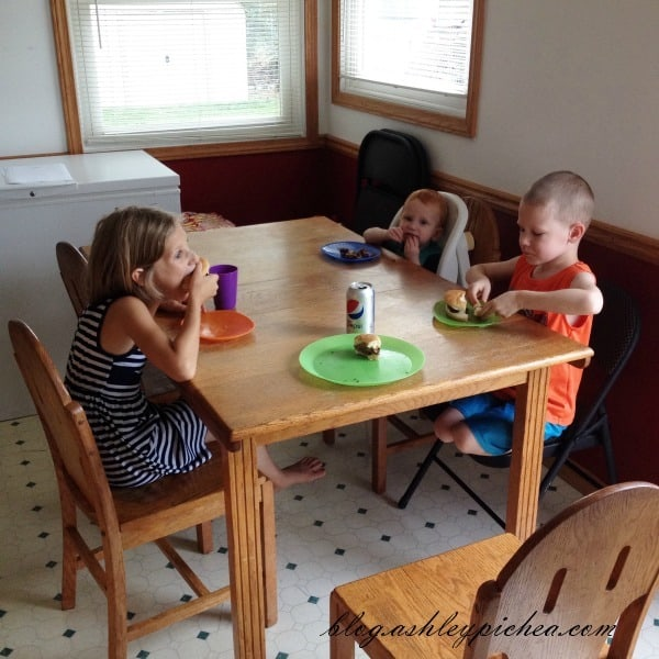 Kids Eating Lunch | A Day in the Life of a Work-at-Home, Homeschooling Mom