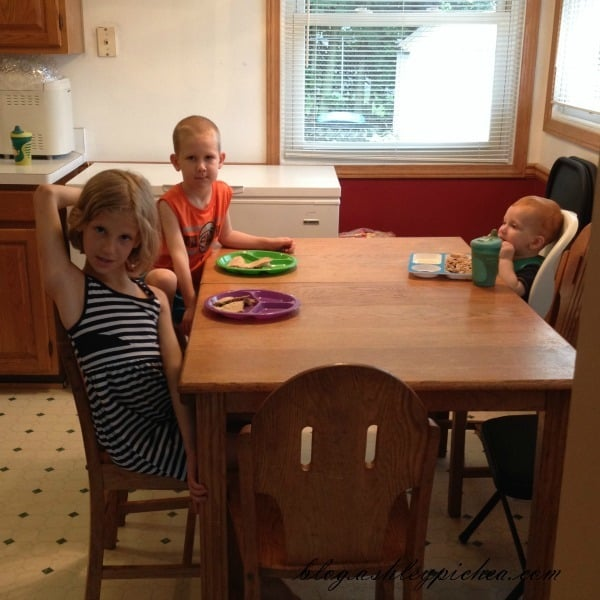 Kids Eating Supper | A Day in the Life of a Work-at-Home, Homeschooling Mom