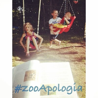 Reading Zoology Outside | Learning with #ZooApologia at Home | blog.ashleypichea.com