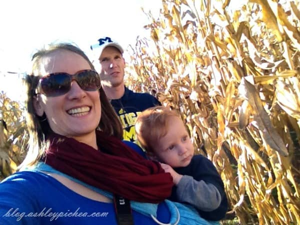 visiting an apple orchard | fall family fun