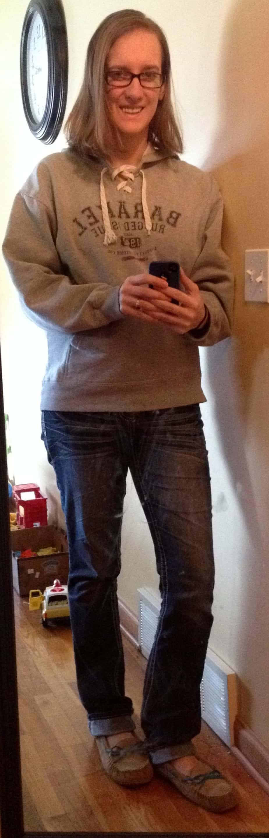 Camp Barakel sweatshirt, jeans, slippers