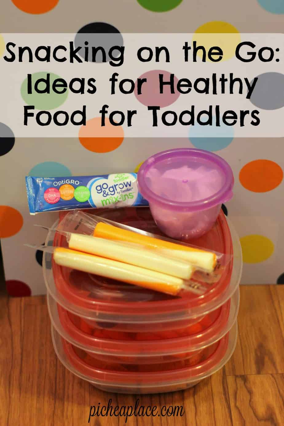 Being proactive and planning ahead helps us to snack healthy on the go. Here are a few ideas of healthy food for toddlers that are perfect for grabbing on your way out the door, helping to keep your toddler eating healthy all summer long! | Snacking on the Go: Ideas for Healthy Food for Toddlers