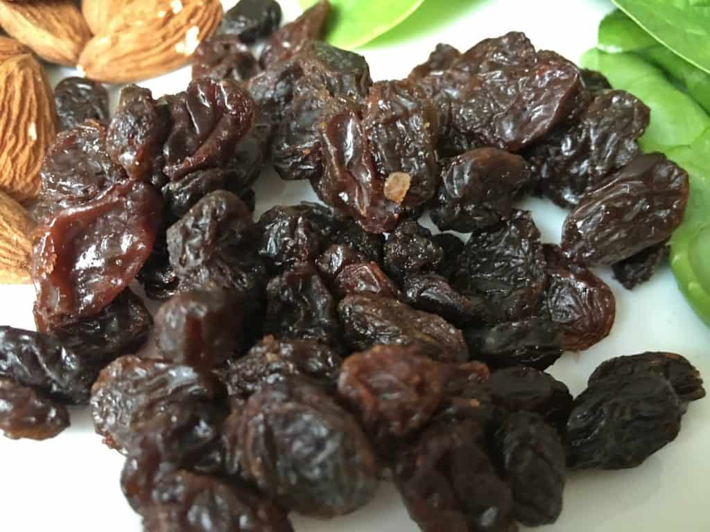raisins are rich in iron making them a great healthy food choice for better nutrition during pregnancy